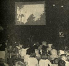 Filmvorführung für Kinder an einer Veranstaltung des Verbands schweizerischer Konsumvereine zugunsten der «Dahomey-Aktion» (Wochenzeitung «Genossenschaft», 22.7.1961 [Signatur Z 55])