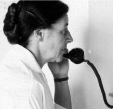 Termine für die Konsultation von Archivalien und Dokumentationen im Lesesaal müssen nach der Online-Bestellung telefonisch vereinbart werden (SozArch F 5014-Ga-029)