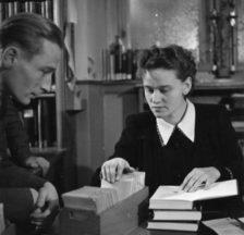 Lotte Schwarz war von 1938 bis 1948 Bibliothekarin im Schweizerischen Sozialarchiv (damals noch am Predigerplatz 35), 1942